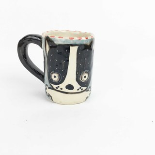 Nice Little Clay Little Mug Cute Dog Black Wheel Dog 01192-02