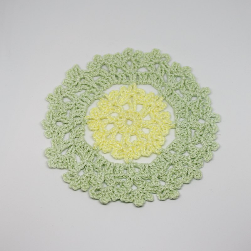 Green and yellow bicolor round coasters Round shaped Coaster hand crocheted