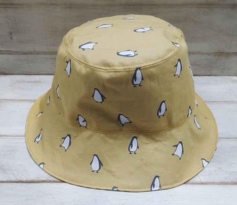 Yellow penguin black checkered fisherman hat visor