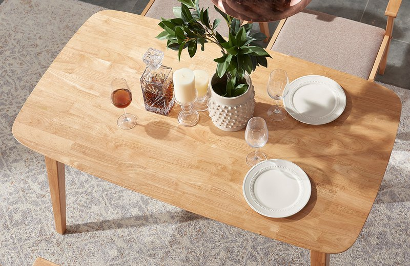 Vis Green's Nordic Modern Solid Wood Dining Table