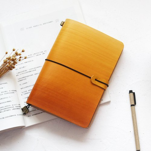 Graduation Gifts such as Gradient Gradation Dyeing Yellow Brown 22*15.5m Handbook Leather Notebook/Diary/Travel/Notebook Customized Free Lettering Exchanging Gifts Wedding Gifts Valentine Gifts Birthday Gift