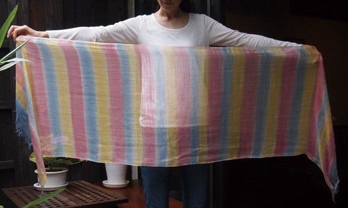 Domestic 100% silk hand-painted dyed stall -rainbow1-