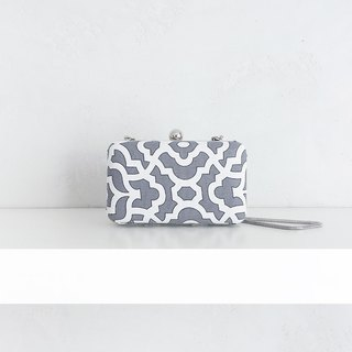 """Papercut"" Shoulder-bag"