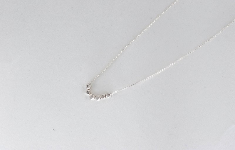Silver beads CA necklace