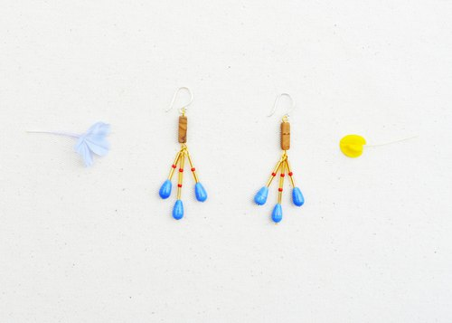 Sunbeam Orchestra Stone Earrings