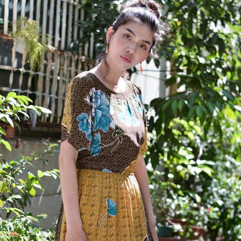 Bamboo Fence | Vintage Dresses