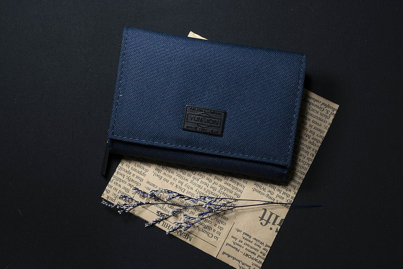 YUN JOIN Gentleman Series-Back cover zipper short clip coin purse back side design texture gentleman