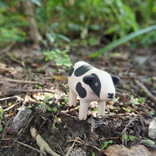 Little thing} no small wooden animal: little dairy cow _ healing wood products