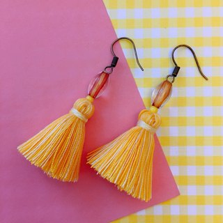Goose yellow x Ming yellow vintage beads tassel earrings ear hook / ear clip