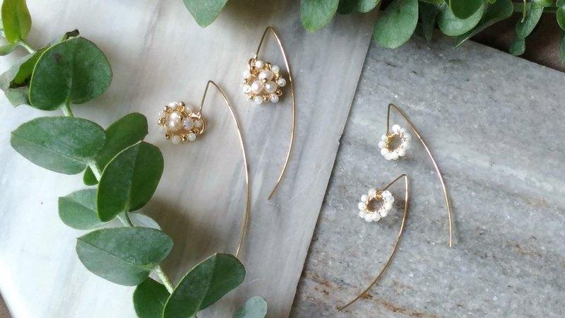 手編天然珠貝長形耳針14K包金耳環