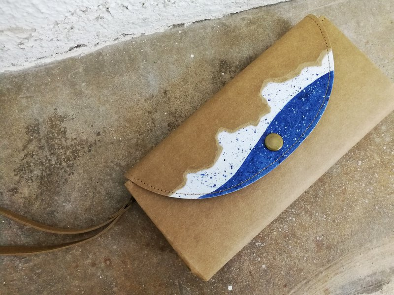 <Tear out of color - blue water flower> Organ wallet / long clip