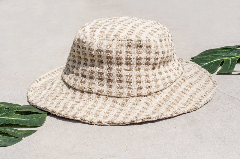 Chinese Valentine's Day gift limited a piece of land forest stitching hand-woven cotton hat / fisherman hat / sun visor / patchwork hat / handmade hat / hand crocheted hat / hand-woven / gentleman hat-vanilla latte check cotton hat