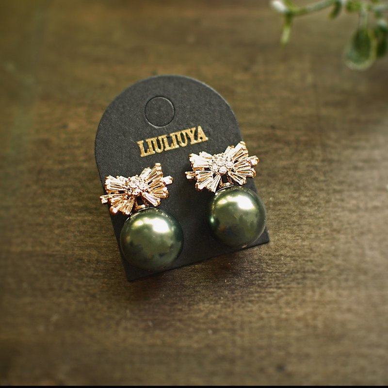 【Marine Fireworks】Black Pearl Zircon Earrings