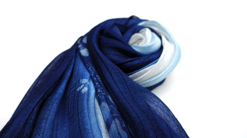 Zhuo also blue dyed - paulownia blue dyed silk scarf