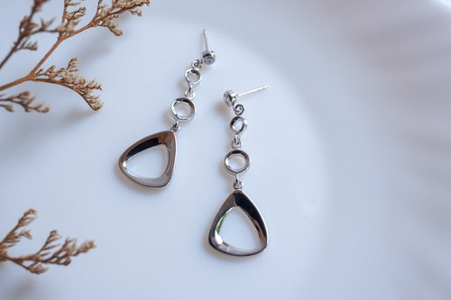 Trendy minimalist silver dangle earring #E7004WG