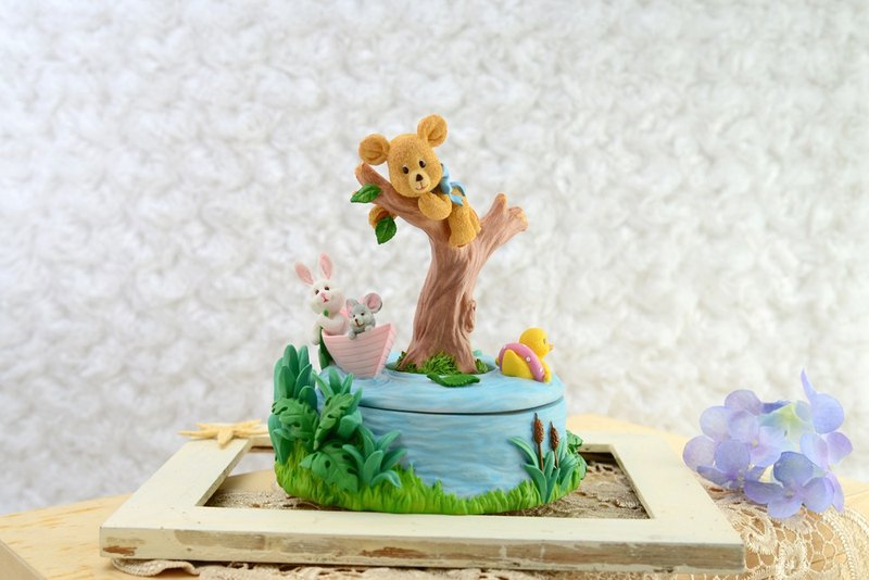 The hope of small animals music box birthday gift home decorations Miyuki gift god hidden girl
