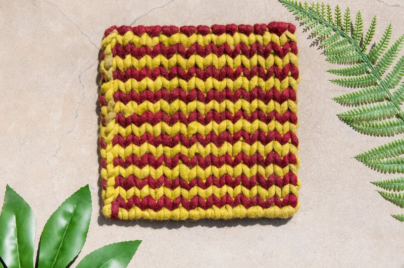 Ethnic wind forest wool felt pot mat rainbow placemat insulation pad - macarons matcha red bean stripe weave