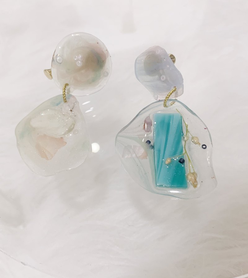 Mint chocolate glass jewelry box ear clip earrings