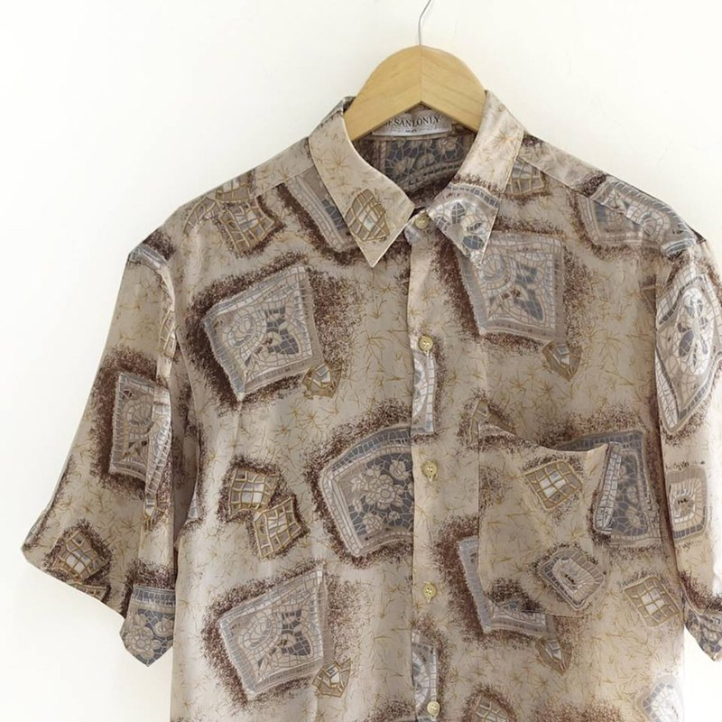 │Slowly│ Old Tiles - vintage shirt │ vintage. Vintage