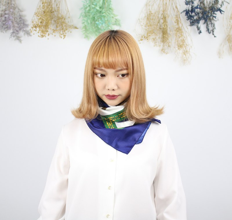 Back to Green::古典絲巾 繽紛禮兵 vintage scarf (SC-03)