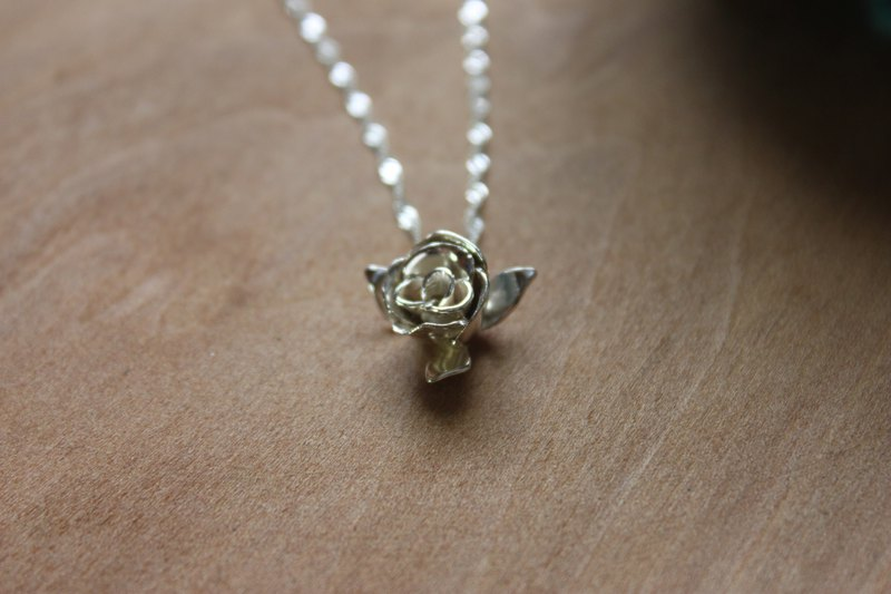 [Rose] sterling silver necklace designer hand made goods