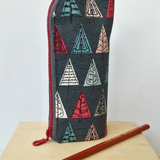 Triangular tree upright pen - a good choice for gift exchange