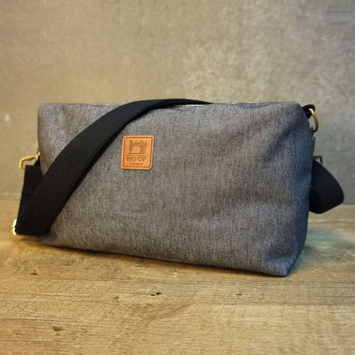 American Messenger Bag: Heavyweight Canvas Production (Dark Cowboy)