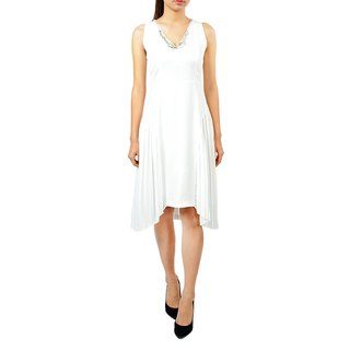 Chiffon pleated sleeveless one-piece dress