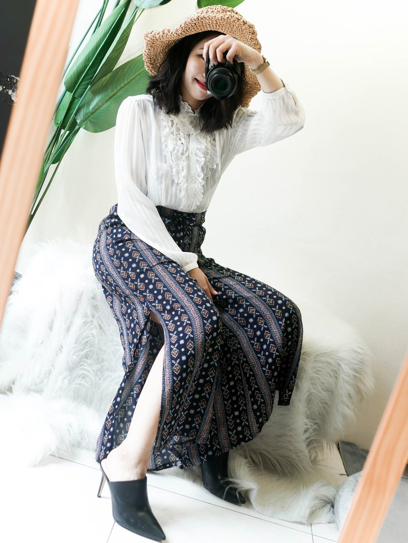 Youth aquamarine totem spring day and antique straps A word side split trousers wide pants pants vintage