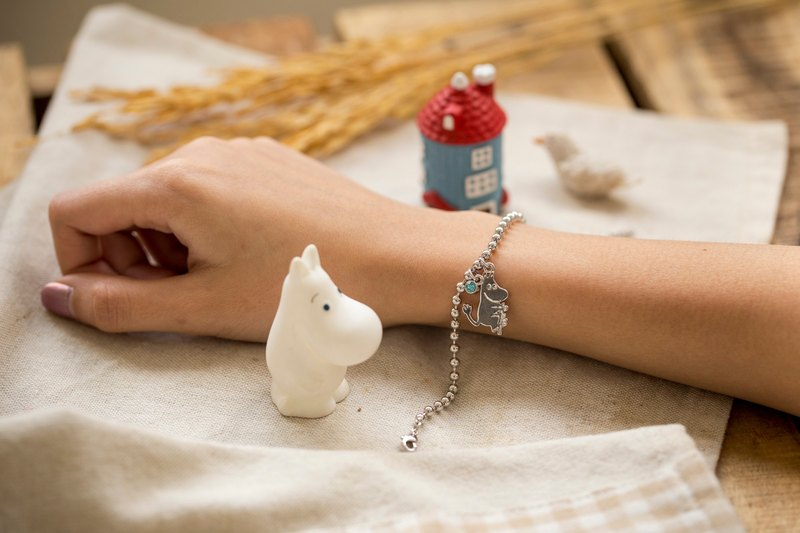 Bracelet with Blue Crystal -  Moomin pendant