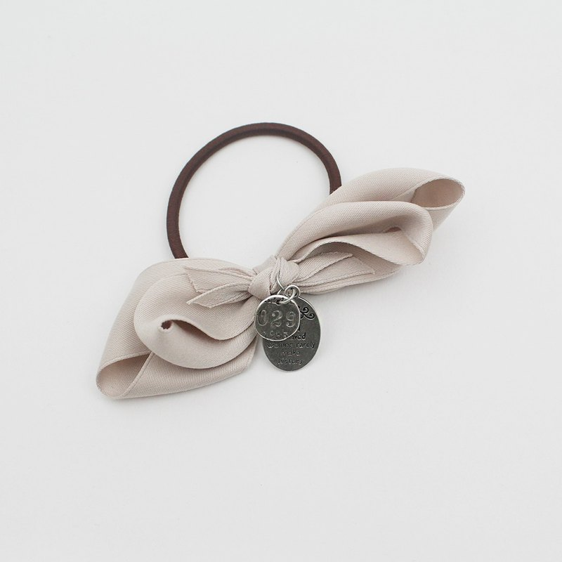 twist  ribbon ponytail holder