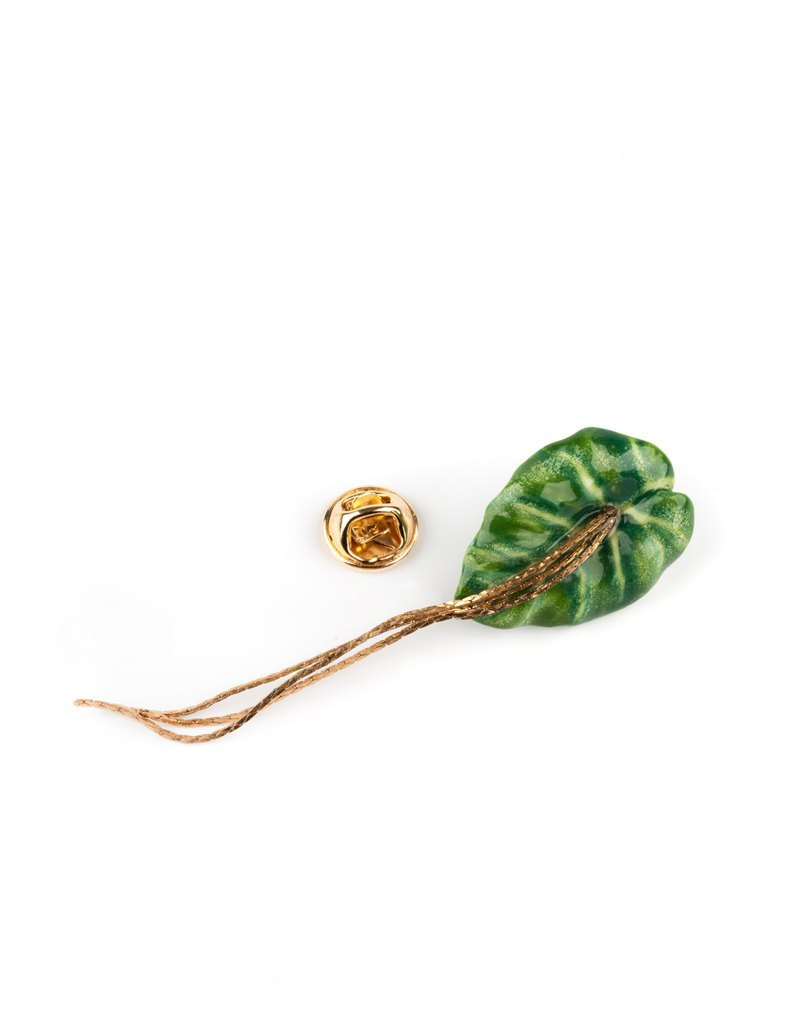 BIG GREEN LEAF PIN