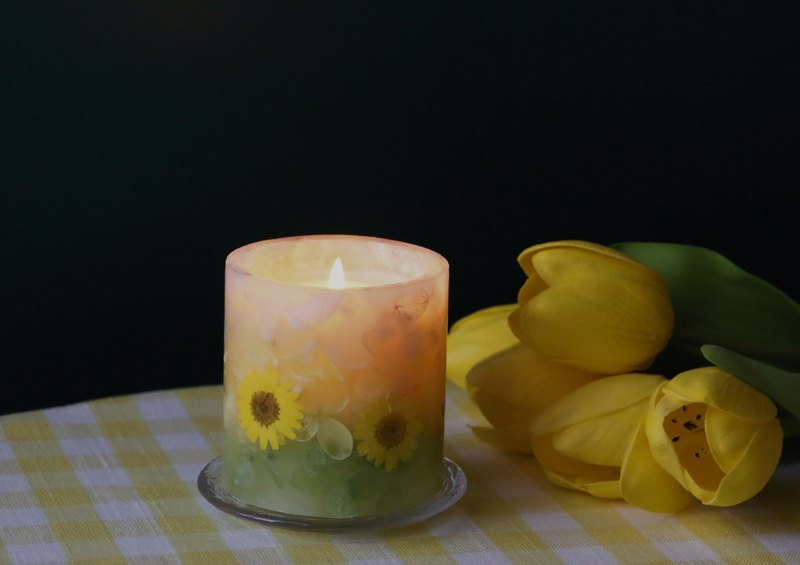 Sunflower scented candle hand-made | gift box packaging