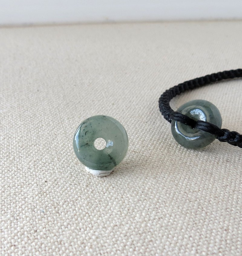 This year [Peace ‧ Ruyi] Ice Green Black Chicken Peace Button Jade Silk Wax Bracelet DG3 * Eight Strand