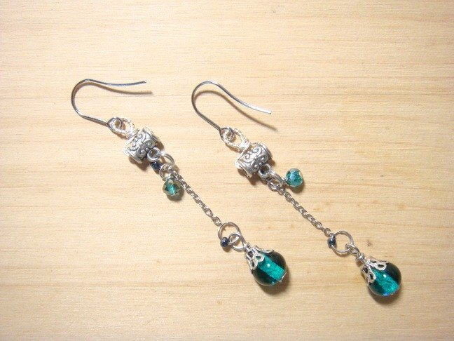 Grapefruit Forest Handmade Glass - Drunken Spring (Land Green) - Long Earrings - (Chang-Jian Clip-Up)