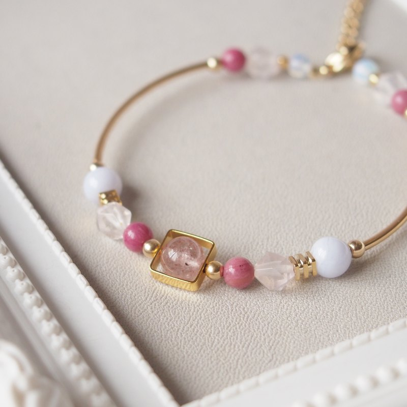 Love Stone, Strawberry Crystal, Pink Crystal, Rose Pyrite, Sapphire, Natural Stone Gold Plated Bracelet Bracelet