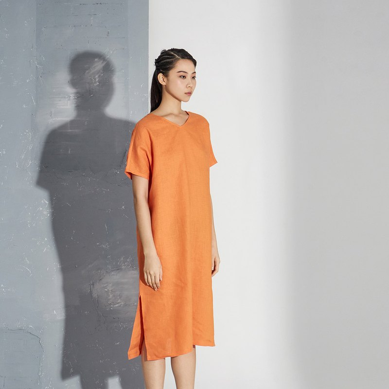 【In stock】Orange linen v-collar dress