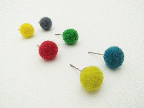 Mini wool ball ear pin / ear clip made in Taiwan handmade