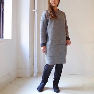 [Made in Japan] Crew neck wool reversible cocoon dress - light gray × dark gray