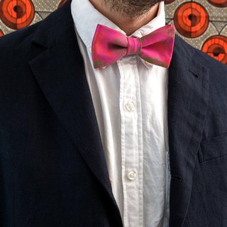 PINK FLOWER SHOWSHOW BOW TIE