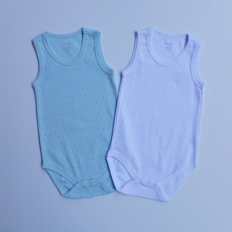 Baby jumpsuit within the two groups (M)