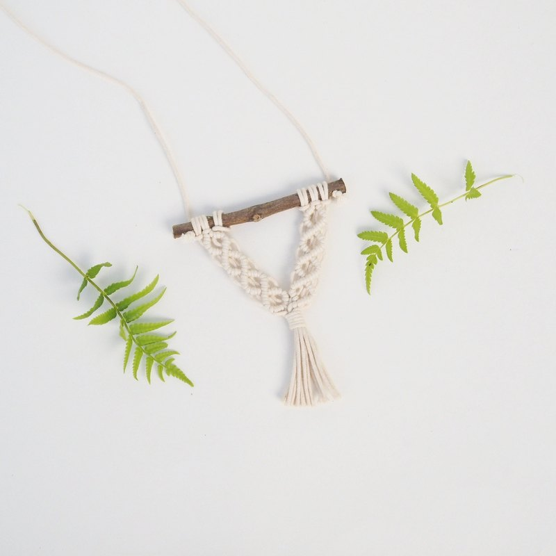 【 Macramé x Guava wood Collection 】Necklace │ Handwoven │ String of Diamond 003
