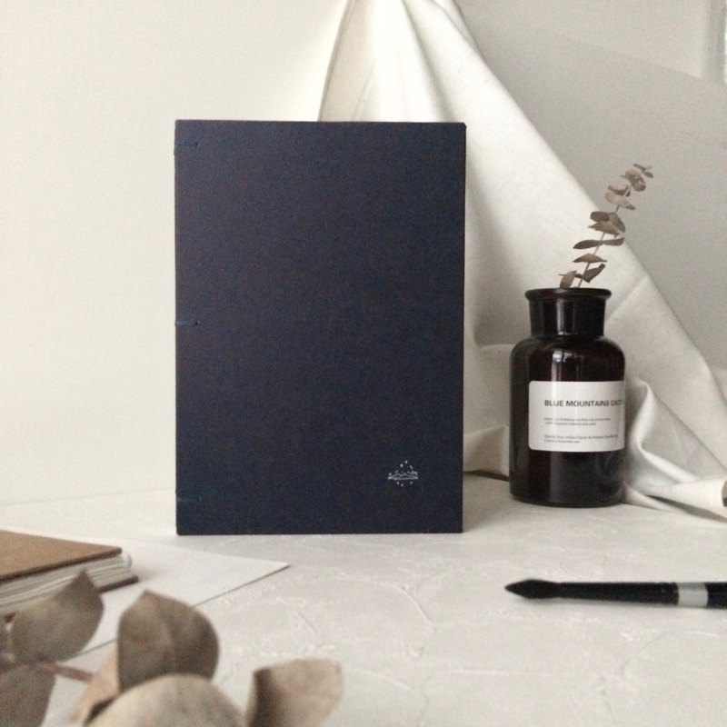 Custom Watercolor Drawing Book | 32k Watercolor Paper Selection | Dark Blue Arches Santos Rainbow