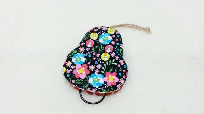 Black Pear Shaped Key Case [K180131]