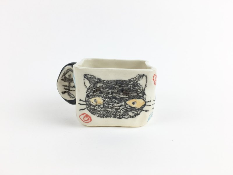 Nice Little Clay Hand Small Square Cup _ Little Black Cat 12