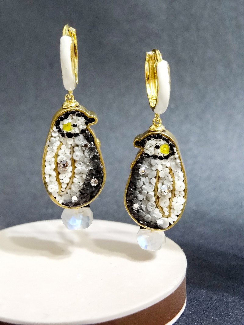 Mosaic Mosaic King Penguin Baby Moonstone Earrings Twin Pre-order