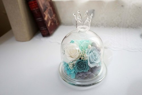 Not withered. Eternal flower - crown glass flower cup -*exchange gift*Valentine's Day*wedding*birthday gift*graduation*photo props wedding small thing