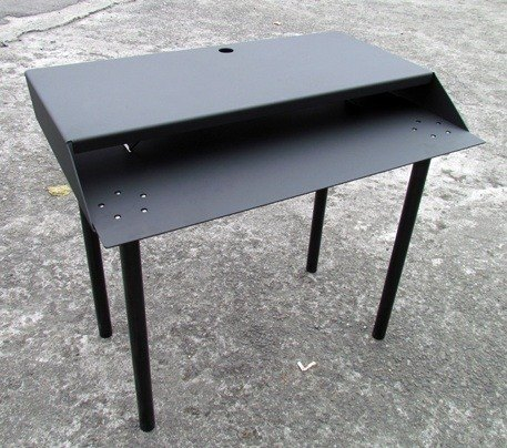 Special items, all-metal computer desk height dimensions, can discuss different feelings of work table industrial style