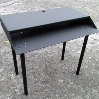 * Special objects * all-metal computer desk, height size can be discussed, detailed design has guest change possible, different feeling of life proposal, desk, desk, LOFT industrial wind work table
