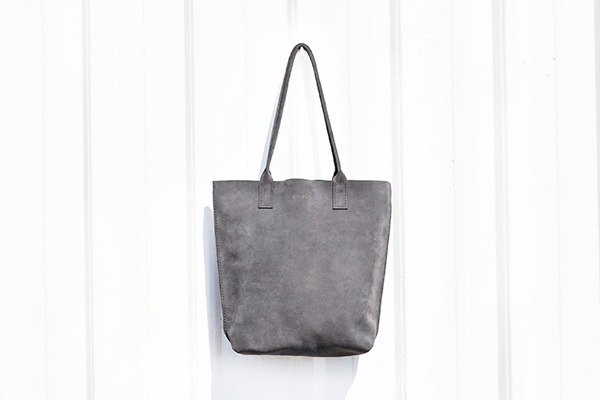 Feel suede tote bag moon gray S